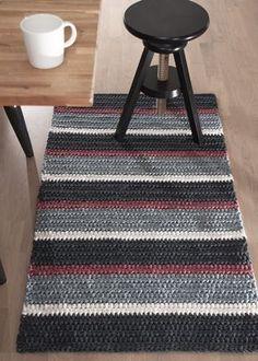 Discount Carpet Runners For Hall Crochet Doily Rug, Crochet Rug Patterns, Crochet Carpet, Crochet Home, Shag Carpet, Diy Carpet, Rugs On Carpet, Tapetes Diy, Knit Rug