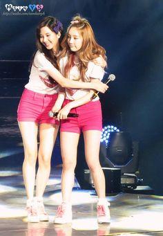 Snsd : Taeyeon & Seohyun