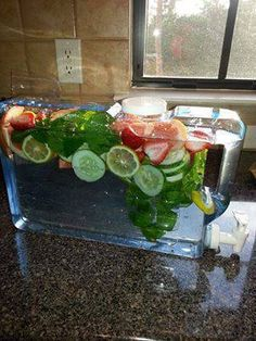 Fat Flush Water. Ingredients per 8 oz serving: Water, 1 slice grapefruit, 1 tangerine, ½ cucumber (sliced), 2 peppermint leaves, Ice (as much as you like). Directions: Wash grapefruit, tangerine cucumber and peppermint leaves. Slice cucumber, grapefruit and tangerine (or peel). Combine all ingredients (fruits, vegetables, 8 oz water, and ice) into a large pitcher.   Stir & Enjoy!