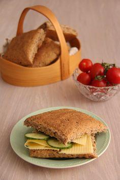 Rundstykker til matpakken - My Little Kitchen Healthy Recipes, Healthy Foods, Sandwiches, Tacos, Kitchens, Ethnic Recipes, Health Foods, Healthy Groceries, Healthy Eating Recipes