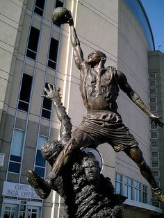Michael Jordan Statue outside of The United Center