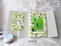 Extra Blog Hop Artisan Design Team : Un mini album tout en tampons avec le set Joyeux anniversaire Beauté et la collection Amour à foison et ses fonds dorés