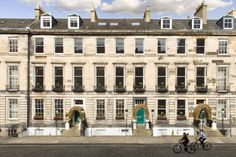 We fall in love with the Scottish capital's cobbled streets, neoclassical grandeur and epicurean delights at the historic Nira Caledonia hotel.