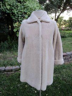 Vintage Faux Sheep Fur MOD Retro 1960's Coat Beigh Retro stripe lining Sz M. by Holliezhobbiez on Etsy