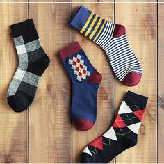 Fashion Pure Cotton Man Socks Cupid Retro Art Colourful Style Calcetines Four Seasons Available Middle Tube Men Socks