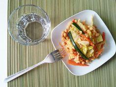 Garbanzos rehogados con arroz y verduras.