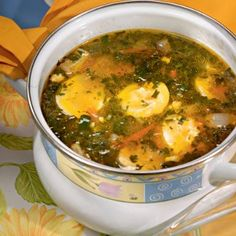 Украинский зеленый борщ: http://www.gastronom.ru/recipe/10656/ukrainskij-zelenyj-borshch