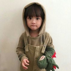 Find images and videos about baby on We Heart It - the app to get lost in what you love. Cute Asian Babies, Korean Babies, Asian Kids, Cute Babies, So Cute Baby, Cute Kids, Little Babies, Baby Kids, Baby Boy