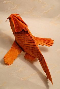 These amazing origami art pieces is proof that this art form can stand the test of time. If you didn't know, the art of folding paper ( Origami ) has been a Table Origami, Origami Bowl, Origami Shapes, Origami Mouse, Origami And Quilling, Origami And Kirigami, Origami Fish, Origami Paper Art, 3d Quilling