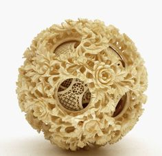 (via Lg Chinese Ox Bone Puzzle Ball w Rose Flower 15 Layer (item detailed views)) Sculpture Art, Sculptures, Bone Carving, Ivoire, Art Festival, Chinese Art, Horns, Art Decor, Antlers