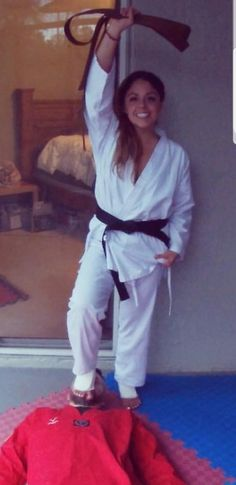 Martial Arts Outfit – Best Outfits to Wear Pj Party Outfit, Golf Outfit, Best Martial Arts, Martial Arts Women, Taekwondo Girl, Martial Arts Clothing, Karate Kick, Female Martial Artists, Victory Pose