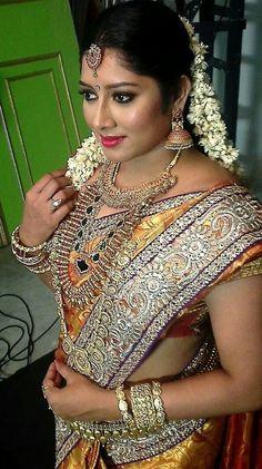 Beautiful Saree, Beautiful Indian Actress, Beautiful Outfits, Beautiful Girl Image, Gorgeous Women, India Beauty, Asian Beauty, Indian Beauty Saree, Indian Sarees