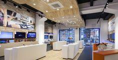 Smartphone concept store by brigada 04 Smartphone concept store by brigada Smartphone Store, Samsung Store, Visual Merchandising, Mobile Shop Design, Retail Concepts, Retail Store Design, Branding, Retail Space, Shop Interiors