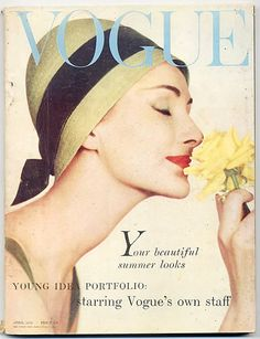 "Vogue UK cover April 1958 ""The Season's various events all demand a hat"" Vogue Magazine Covers, Fashion Magazine Cover, Fashion Cover, Vogue Uk, Vogue Fashion, Vintage Chanel, Vintage Love, Vintage Beauty, Vintage Vogue Covers"