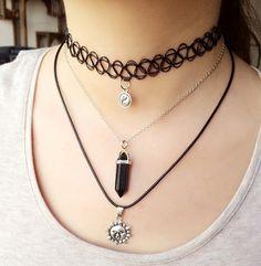 Kette Halskette Kurze Kette mit Anhänger Cateye Design versch Farben
