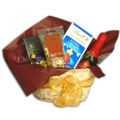 Shining Night Gift Basket to Saint-Vincent-and-the-Grenadines