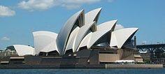 シドニー・オペラハウス/ヨーン・ウッツォン 突き出た三角の部分がきれい。ヨットの帆のようにも見える。