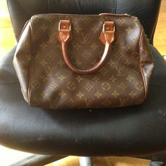 NEED TO SELL!!!Authentic Louis Vuitton NEED TO SELL!!! WILL ACCEPT ANY REASONABLE OFFER!It's an authentic lv with a matching wallet in good condition comes with a lock but no key and a dust bag ill throw in a matching wallet but the wallet has wear and tear Louis Vuitton Bags