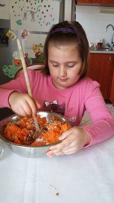 Bébikönnyű zabpelyhes, sárgarépás, diétás édesség tízóraira vagy uzsonnára!