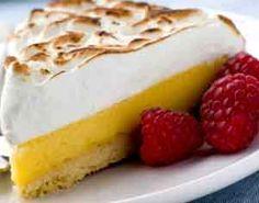Lemon Pie  1 limón 5 cdas de azúcar común 7 huevos 5 cdas de harina azúcar extrafina a gusto 300 ml. de leche