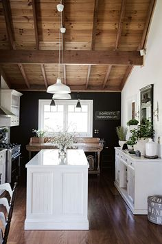 Country Kitchen Designs, French Country Kitchens, French Country Style, Country Kitchen Lighting, Farmhouse Lighting, Country Homes, Modern Country, Country Living, French Provincial Kitchen