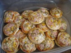 Mini Pizzas, Food Net, A Food, Food And Drink, Pizza Bites, Delicious Dinner Recipes, Yummy Food, Pizza Recipes, Healthy Recipes
