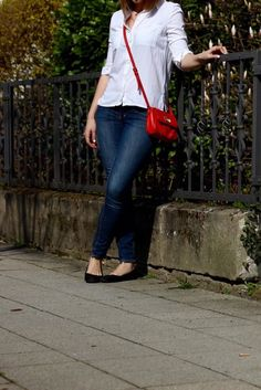 Weiße Bluse Jeans Outfit