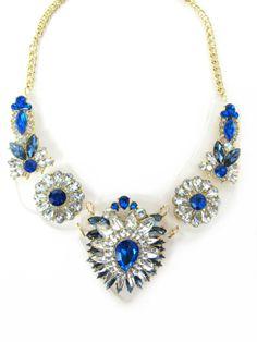 Chic Blueness $440 www.thefashiongeek.mx