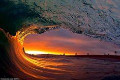Resultado de imagen de olas gigantes