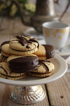 Biscotti Cookie Recipe (Translate to English) Biscotti Biscuits, Biscotti Cookies, Yummy Cookies, Tea Biscuits, Italian Cookie Recipes, Italian Cookies, Italian Desserts, Mini Pastries, Sweet Pastries