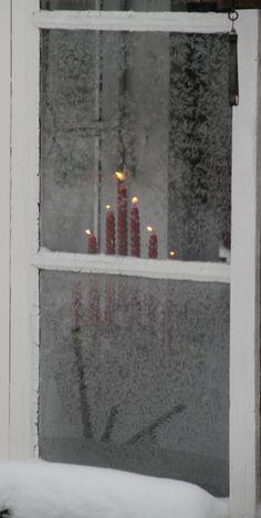 HOW THOUGHTFUL, THEY LEFT A LIGHT IN THE WINDOW FOR US………MAYBE IT'S A BACK WINDOW AT MOTEL 6…………..ccp