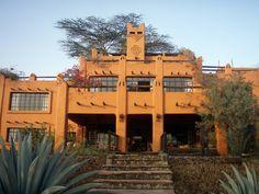 Designed by Alan Donovan, Kenya