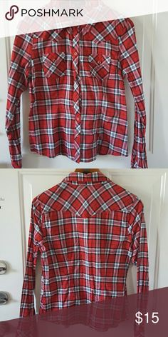 Long Sleeve Button Shirt Long Sleeve Button Shirt. Runs small, more like a medium. Twenty one  Tops Button Down Shirts