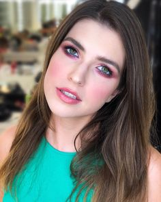 machiaj pentru bal cu mov ochi verzi Green Eyes Pop, Irina S, Make Up, Shades, Nails, Artist, Instagram, Finger Nails, Ongles