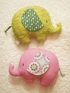 Retro Mama Elephant Softies sewing class- diy these little elephant pillows! - Retro Mama Elephant Softies sewing class- diy these little elephant pillows! Baby Crafts, Felt Crafts, Fabric Crafts, Diy And Crafts, Sewing Toys, Baby Sewing, Sewing Crafts, Elephant Pillow, Mama Elephant
