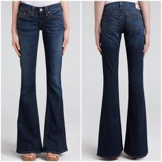 """TRUE RELIGION Carrie Flared Jeans True Religion Flare Carrie Jeans in Clementine Wash. These flare jeans feature 5-pocket styling and a single-button closure. Whiskering design at front. In excellent condition!  -7.5"""" rise. 33"""" inseam. -Fabrication: Stretch denim. -94% cotton/5% polyester/1% spandex. -Wash cold. -Made in the USA.  NO Trades. Please make all offers through offer button. True Religion Jeans Flare & Wide Leg"""