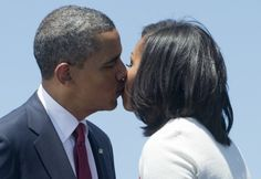 US President Barack Obama and First Lady Michelle Obama kiss prior to Obama speaking to US troops at Third Infantry Division Headquarters at Fort Stewart in Hinesville, Georgia, on April Black Presidents, Greatest Presidents, American Presidents, Michelle Und Barack Obama, Barack Obama Family, Obamas Family, First Black President, Mr President, Joe Biden