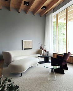 chair, coffee table