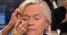 """Glam-mas: Makeup tutorial for seniors goes viral In a world of anti-aging ads and Botox, makeup artist Lisa Eldridge recently posted a makeup tutorial to help older women embrace their age, which some seniors are calling """"a psychological facelift."""" NBC's Michelle Kosinski reports, and Eldridge makes over several seniors.<br> In a world of anti-aging ads and Botox, makeup artist Lisa Eldridge recently posted a makeup tutorial to help older women embrace their age, which some seniors are… Day Makeup Looks, Glam Makeup Look, Beauty Makeup, Eye Makeup, Older Women Hairstyles, African Hairstyles, Makeup For Over 60, Anti Aging, Brown Eyes"""