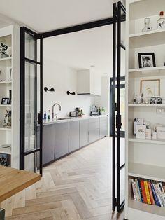 Kitchen Room Design, Home Room Design, Home Interior Design, Interior Architecture, House Design, Flur Design, Küchen Design, Room Divider Doors, Glass Room Divider