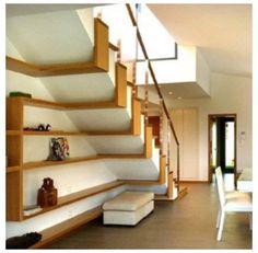 Escadas.