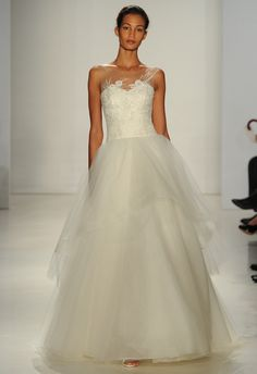 Layered Organza Ball Gown | Amsale Spring 2015 Wedding Dresses | Maria Valentino/MCV Photo | Blog.theknot.com