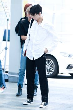 Nct 127 Johnny, Nct Group, My Daddy, Moon Child, Airport Style, Kpop Fashion, Jaehyun, Nct Dream, Hard Rock