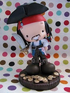 This artist is so talented! I'm officially a new fan of hers. Polymer Project, Polymer Clay Dolls, Jack Sparrow, Pasta Flexible, Cake Toppings, Cold Porcelain, Design Crafts, Clay Art, Fondant