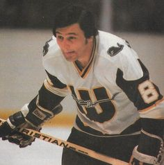 Tom Webster of the New England Whalers