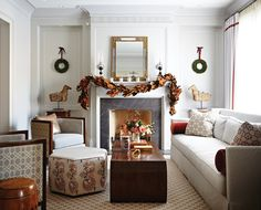 Get sophisticated and simple Christmas decorating ideas from this tailored holiday home by designer Silvana D'Addazio.