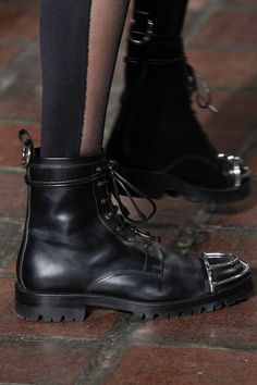 See detail photos for Alexander Wang Fall 2016 Ready-to-Wear collection.
