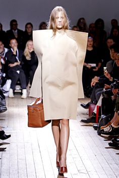 Wearable Art - exaggerated box shapes subtle stitching framing the body; sculptural 3D fashion // Maison Martin Margiela