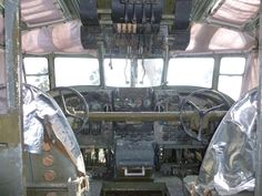 二式大艇 操縦室
