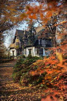 Hotel Noma Residence Zameczek Mysliwski Promnice, Kobior, Poland - I'd love to stay here Beautiful Buildings, Beautiful Homes, Beautiful Places, Beautiful Beautiful, Cute House, House 2, Autumn Aesthetic, Victorian Homes, Old Houses
